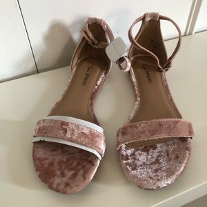 NEW Call It Spring Pink Mateare Velvet Sandals